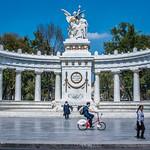 2018 - Mexico City - Benito Juarez Hemi-Circle Monument thumbnail