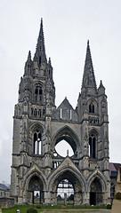 18 0395 - Aisne, Soissons, Abbaye Saint Jean des Vignes (Jean-Pierre Ossorio) Tags: aisne église tour clocher ruine arche abbaye abbatiale