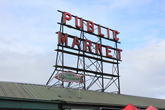 IMG_5434 (avsfan1321) Tags: seattle washington washingtonstate usa unitedstates unitedstatesofamerica pikeplace fishmarket sign neon