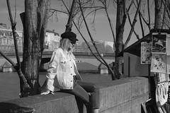 April grove (Loran de Cevinne) Tags: lorandecevinne paris seine fleuve quaideseine elle she parisienne france noiretblanc blackandwhite quaivoltaire