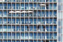 Balkonnetjes (Tom van der Heijden) Tags: rotterdam derotterdam balkon parasol zonnetje canon eos 60d eos60d canoneos60d