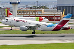 Eurowings Airbus A319-112 D-ABGQ LIS 09-04-18 (Axel J. ✈ Aviation Photography) Tags: eurowings airbus a319 dabgq lis lisbon humbertodelgado luftfahrt fluggesellschaft flughafen flugplatz aircraft aeroplane aviation airline airport airfield 飞机 vliegtuig 飛機 飛行機 비행기 самолет תְעוּפָה hàngkhông авиация avião luchthaven luchtvaart avion aeropuerto aviación aviação aviones jet linienflugzeug vorfeld apron taxiway rollweg runway startbahn landebahn outdoor planespotter planespotting spotter spotting fracht freight cargo