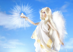 ​ Take an Angel by the Wings (Ferry R.) Tags: fashionroyalty royalty fashion integritytoys integrity toys nuface nu face erin erinsalston salston youlooksofine you look so fine barbie barbiedoll doll dolls dollcollector dollcollection collector collection blond blonde angel bird dove wings