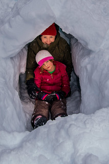 Family Snowshoe - Photo: Ray Daws