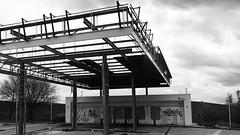 bp (javitm99) Tags: bp bn b n w bw banco negro gris black white grey arquitectura architecture