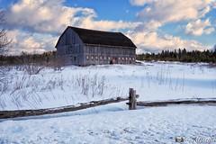 180228-27 Au bout du champ (clamato39) Tags: barn grange ciel sky clouds nuages hiver winter snow neige rural beauce provincedequébec québec canada