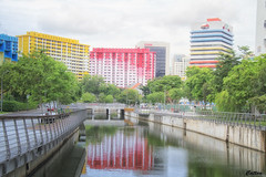 Rochor Canal, Singapore (cattan2011) Tags: 新加坡 traveltuesday travelphotography travelbloggers travel architecturephotography architecture buildings flats naturelovers naturephotography natureperfection nature river water canal reflections waterscape landscape rochorcanal singapore