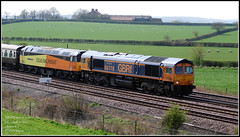 York Moors Venturer -  the clues in the Headcode - one dead 47 (Mark's Train pictures) Tags: 1z47 pathfindertours pathfinderrailtours railtour 47749 gbrf gbrailfreight 66778 colton coltonjunction coltonsouthjunction locomotive locomotives dieselhauled dieselhauledpassengertrain class66 class47 class66shed colas colasrailfreight