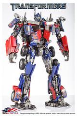 7cf0893df8dcd1009ce2f8627e8b4710b9122f29 (capcomkai) Tags: neopsx mpm op optimusprime rotf autobot masterpiece hasbro