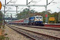 Rayalaseema Exp. (B V Ashok) Tags: rayalaseema superfast express 12794 nizamabadtirupati nzbtpty gy gooty wdp4d 40355 emd scr cavalrybarracks cvb
