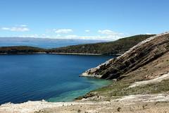 Lake Titicaca (mbphillips) Tags: laketiticaca isladelsol sigma1835mmf18dchsm mbphillips canon450d 玻利维亚 南美洲 볼리비아 남아메리카 ボリビア 南アメリカ sudamérica américadelsur 玻利維亞 bolivia southamerica landscape paisaje 景观 景觀 경치 mountain 산 山 montaña lake 호수 湖 lago geotagged photojournalism photojournalist