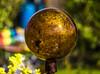 18-04-15 sonauf kugel bok dsc09322-1 (u ki11 ulrich kracke) Tags: bokeh garten kugelkupfer nah rund sonnenaufgang flickrfriday roundshapes