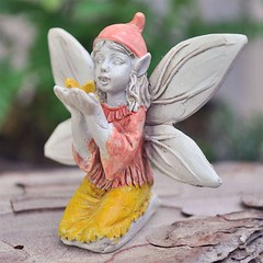 Fairy With Butterfly In Hands (neilsonkalis1) Tags: efairies fairies gifts fairywings fairydolls