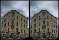 Albertistraße 3-D / CrossView / Stereoscopy / HDRaw (Stereotron) Tags: europe germany deutschland saxony sachsen vogtland reichenbach albertistrase zwickauer haus house architecture cloudy bewölkt crosseye crossview xview pair freeview sidebyside sbs kreuzblick 3d 3dphoto 3dstereo 3rddimension spatial stereo stereo3d stereophoto stereophotography stereoscopic stereoscopy stereotron threedimensional stereoview stereophotomaker stereophotograph 3dpicture 3dimage hyperstereo twin canon eos 550d yongnuo radio transmitter remote control synchron kitlens 1855mm tonemapping hdr hdri raw