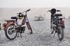 Ciclomotor Peugeot Classic Marruecos (Casimemato) Tags: ciclomotor peugeot classic movilidad marruecos casco niebla piedras