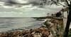 Paseando al lado del mar (candi...) Tags: costa mar cielo nubes arbol paseo personas sonya77 lametllademar rocas olas