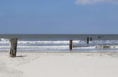 Strand Norderney   Norderney Beach (MLopht   Dortmund) Tags: strand sand beach pfosten meer wasser ozean nordsee norderney nordküste insel canon eos 7d mkii eos7d 50mm norddeutschland northsea landschaft ostfriesland