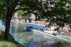 170526-131632-_L9A5790.jpg (andreydzagania) Tags: пейзаж природа транспорт германия трава корабль деревья путешествия водоем иль город люди франция река отпуск страсбург