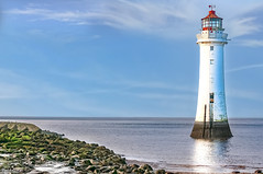 New Brighton Lighthouse 5th April 2018 (Bob Edwards Photography - Picture Liverpool) Tags: lighthouse newbrighton liverpool river mersey water beach rocks merseyside bobedwardsphotography
