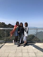 IMG_3304 (Euterpe Hermione) Tags: sapa mountain núi đẹp mây beautyspot beautiful vietnam vietnamese travel trip portrait iphonephotography