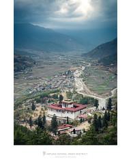 Rinphung Dzong, Paro District, Bhutan (Nils Leonhardt) Tags: parodzong parovalley parodistrict paro rinphungdzong bhutan monastery kingdomofbhutan buddhism dzong himalaya himalayas landscape nikond810 sigma50mm sigmaart sigma nikon travel sunset sky clouds light rural drukyul