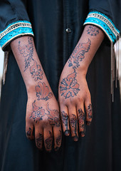 Henna tattoo on somali refugee girl hands, Hijaz Tihamah region, Jeddah, Saudi Arabia (Eric Lafforgue) Tags: arabia arabianpeninsula child colourimage creativity girl gulfcountries hands hena hennatattoo humanbeing humanbodypart humanhand jeddah ksa ksa2606 main makkahregion middleeast mogadishu onechildonly onegirlonly oneperson outdoors realpeople redsea refugee saudiarabia showing somali tattoo tradition travel unrecognisablepeople veiledgirl vertical hijaztihamahregion
