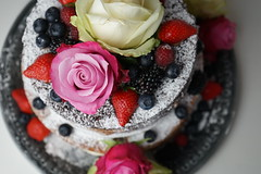 Birthday Cake (Like_the_Grand_Canyon) Tags: baking backen food essen meal kuchen cake rose blueberry strawberry raspberry berry white pink