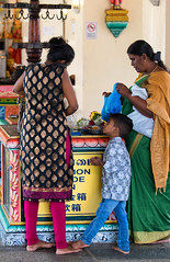 Sri Mariamman Temple Visitors (Packing-Light) Tags: srimariamman asia singapore travel city citystate diversity trade religion hinduism hindu historic temple people parenting family