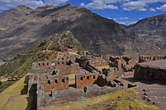 Complejo Arqueologico de Pisac (SalkantayTrekMachu) Tags: travel travelphotography treking travels trekkinginperu trek travelpic travelinperu traveling tourism tour traveler nature extreme intiraymi water city putucusi waterr photography photograpyisart white winter mountain ollantaytambomachupicchu humantay sunset salkantay proyect365 expedition pisaq sacred valley peru paysage paysaje landscape arequipa picchu machupicchu