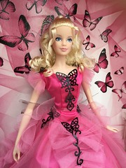 Barbie Collector Butterfly Glamour Pink Label 💕 💕. #Barbie #BarbieCollector #BarbieGlam #Mattel #BarbieGlamour #BarbiePinkLabel #BarbieDolls #BarbieButterflyGlamour #Dolls #Beauty #Beautiful #DollCollecting #Pretty #BarbieFashion #Ro (teresabenson) Tags: barbie barbiecollector barbieglam mattel barbieglamour barbiepinklabel barbiedolls barbiebutterflyglamour dolls beauty beautiful dollcollecting pretty barbiefashion robertbest