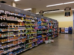 Aisle 20: transition completed (l_dawg2000) Tags: 2018remodel cordova delicatesen grocery grocerystore healthbeauty kroger labelscar marketplace meats memphis pharmacy produce remodel retail scriptdécor shelbycounty supermarket tennessee tn trinitycommons cordovamemphis unitedstates usa