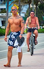 Shirtless guys walking & riding (LarryJay99 ) Tags: 2018 beach streets people ftlauderdale ocean atlanticocean shirtless peekingnippkes peekingpits pits arms navels bellies face tatts tattoos barefoot barfuss bald baldheaded sunglasses glasses legs walking men male man guy guys dude dudes manly virile studly stud masculine sexyman bicycle bikes street urban strangers candid unkpos unposed fortlauderdalebeach fortlauderdale florida swimwear hairy toes barefeet bare chest barechest handsome masculinity gaze jaw bulge bulges bulging hunky hunk masculinegaze
