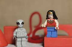 Wonder Woman has met an Alien on the Red Planet (N.the.Kudzu) Tags: tabletop lego minifigures wonderwoman alien red canondslr lensbabyedge50