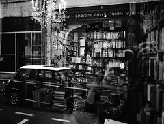 Reflections (Simon BOISVINET) Tags: blackandwhite photography caen normandie books library acros fujifilm x100f reflections fujifilmx100f streetphotography street car windows
