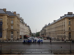 View from the front steps of the Pantheon with the Eifel Tower in the   distance (John Steedman) Tags: フランス france frankreich frankrijk francia parigi parijs 法国 パリ 巴黎