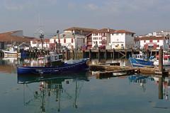 Harbor (YellowSingle 单黄) Tags: harbor st jean de luz atlantic ocean boat fishing pays basque