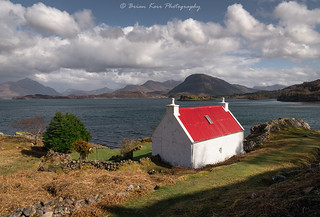 The Red Roof Cottage at Loch Shieldaig