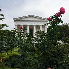 Theseus Temple (brimidooley) Tags: volksgarten vienna vienne wien austria österreich oostenrijk østrig viedeň viena park city citybreak travel tourism europe europa autriche eu