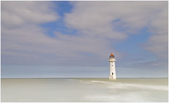 Perch Rock Lighthouse (Charles Connor) Tags: perchrocklighthouse perchrock lighthouses seascapes newbrighton merseyside mersey skies longexposure minimalism canon5d3 canonef24105mmlens