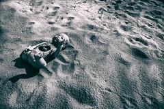 The doll (ghostm68) Tags: doll bambola spiaggia mare sea triste tristezza