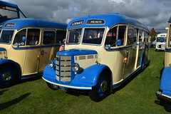 TMY 700 (markkirk85) Tags: bus buses bedford ob duple vista lodges coaches new essex county 1949 tmy 700 tmy700