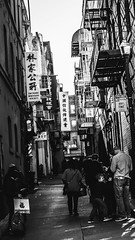 Chinatown (AAcerbo) Tags: sanfrancisco california bw highcontrast chinatown alley tourists