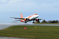 OE-IVX Airbus A320-214 on 02 April 2018 Jersey (Jersey Aviation Images 2018) Tags: airplane aircraft aeroplanes aeroplane aircraftspotters aviation planes flyingmachines