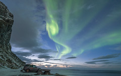 Northern Lights at Uttakleiv Beach (Stefan Giese) Tags: nikon d750 uttakleiv autoraborealis northernlight polarlich nordlicht norwegen norway lofoten walimex walimex14mmf28 14mm