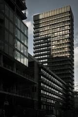 20180329-DSC3442 (A/D-Wandler) Tags: hochhaus wolkenkratzer skyline architektur gebäude schatten fassade fenster reflektion spiegelung kontrast omniturm baustelle linien geometrisch frankfurtammain grosegallusstrase bankenviertel