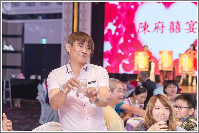 高雄婚攝 大寮享溫馨囍宴會館 英倫盛典廳 (48)