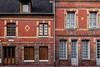 Les maisons en briques (Lucille-bs) Tags: europe france normandie seinemaritime stvaléryencaux architecture maison briques fenêtre porte rouge orangé volet