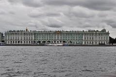 fachada del museo hermitage por la parte trasera-San Petersburgo-Rusia (jordi doria 140) Tags: rusia1 museohermitage sanpetersburgo rusia