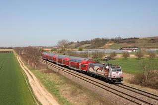 146 227 schiebt einen RE nach Offenburg bei Hügelheim