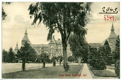 Napa State Hospital, 1906 (Belli Research Institute Archives) Tags: asylum madness women schizophrenia hospitals